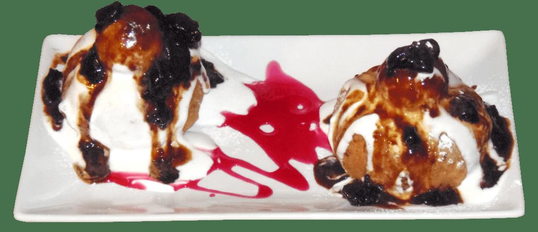 Papanasi cu dulceata si smantana-min